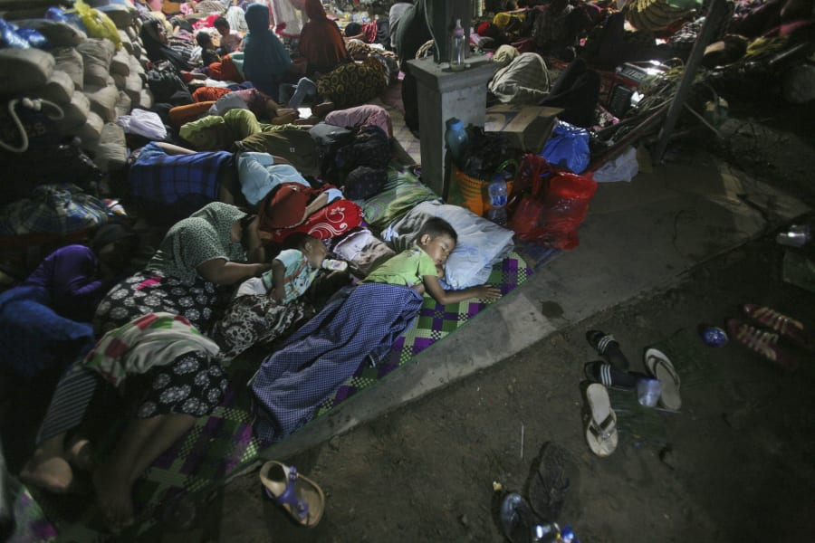 01 indonesia aceh earthquake 1208