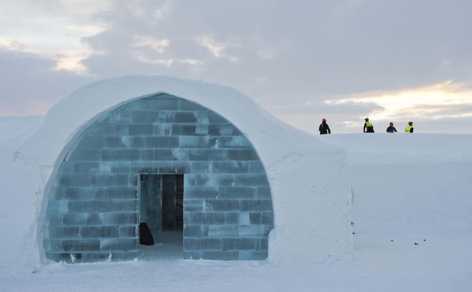 ICE HOTEL image 3