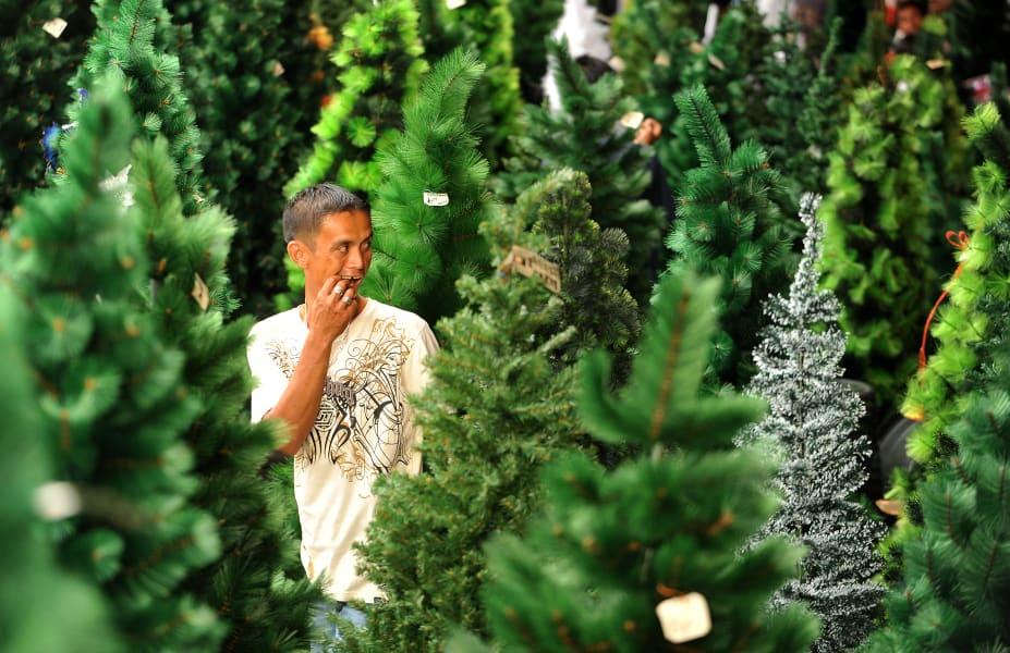 christmas tree fake 2