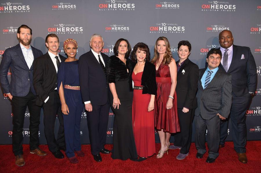 02 cnn heroes red carpet 1211