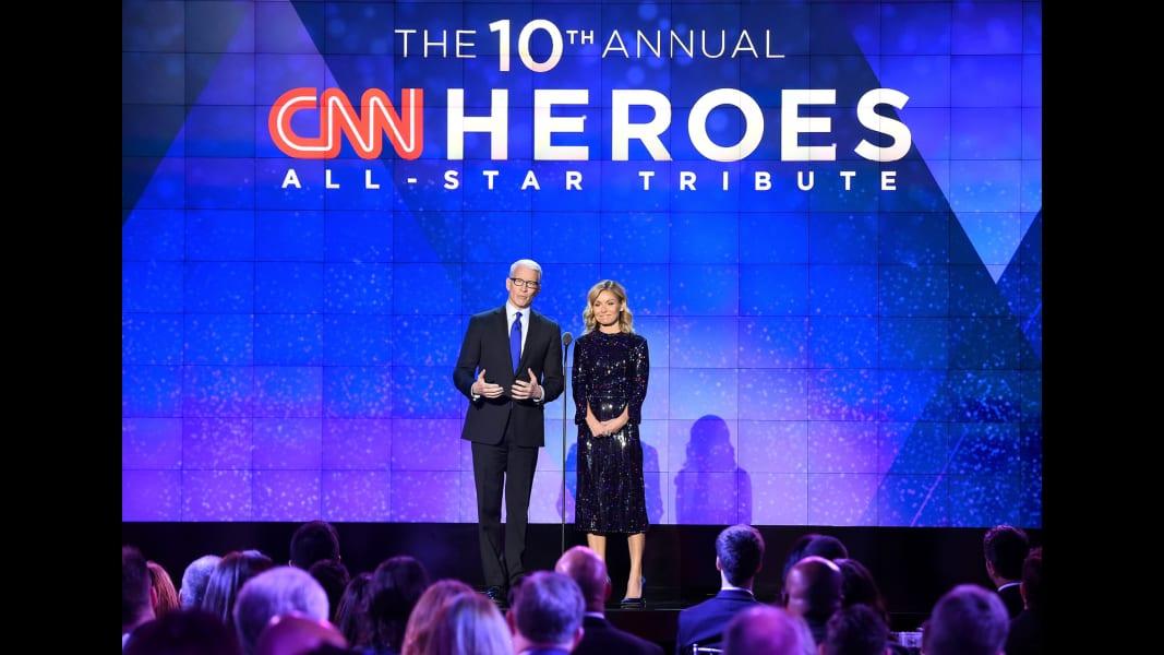 01 cnn heroes 1211