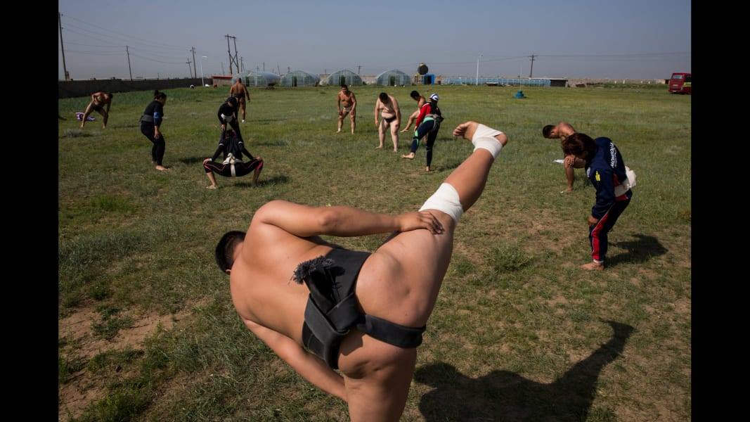 01 cnnphotos Mongolian Sumo RESTRICTED