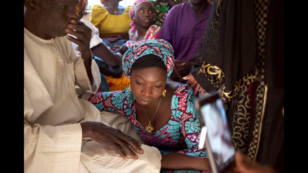 12 chibok girls return
