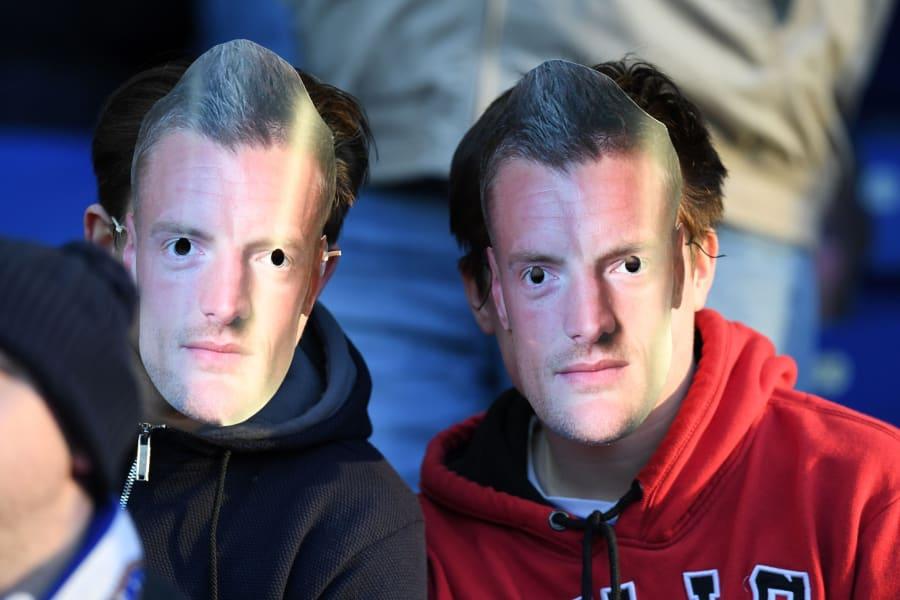 fans wearing vardy masks