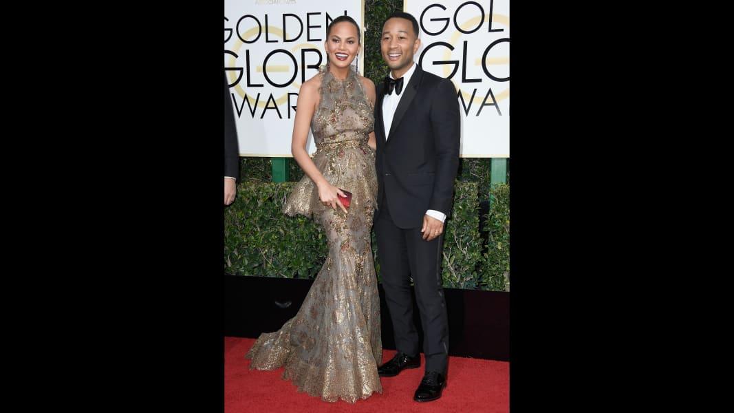 golden globes 2017 - Chrissy Teigen and John Legend