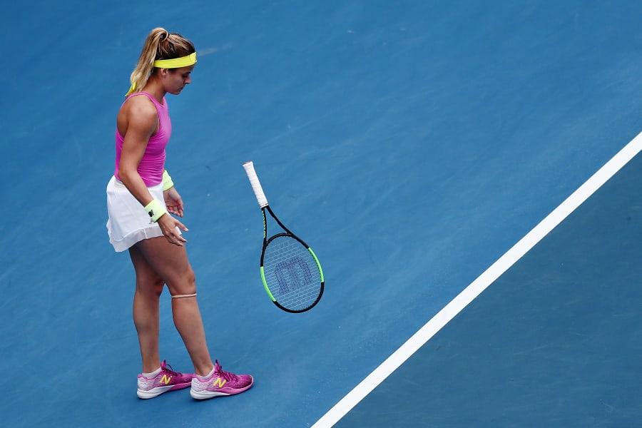 tennis online abuse gal 4