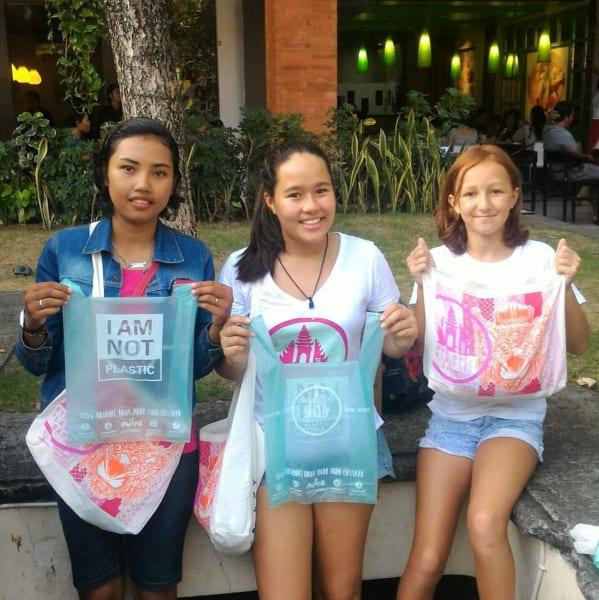 educational plastic bag exchange day