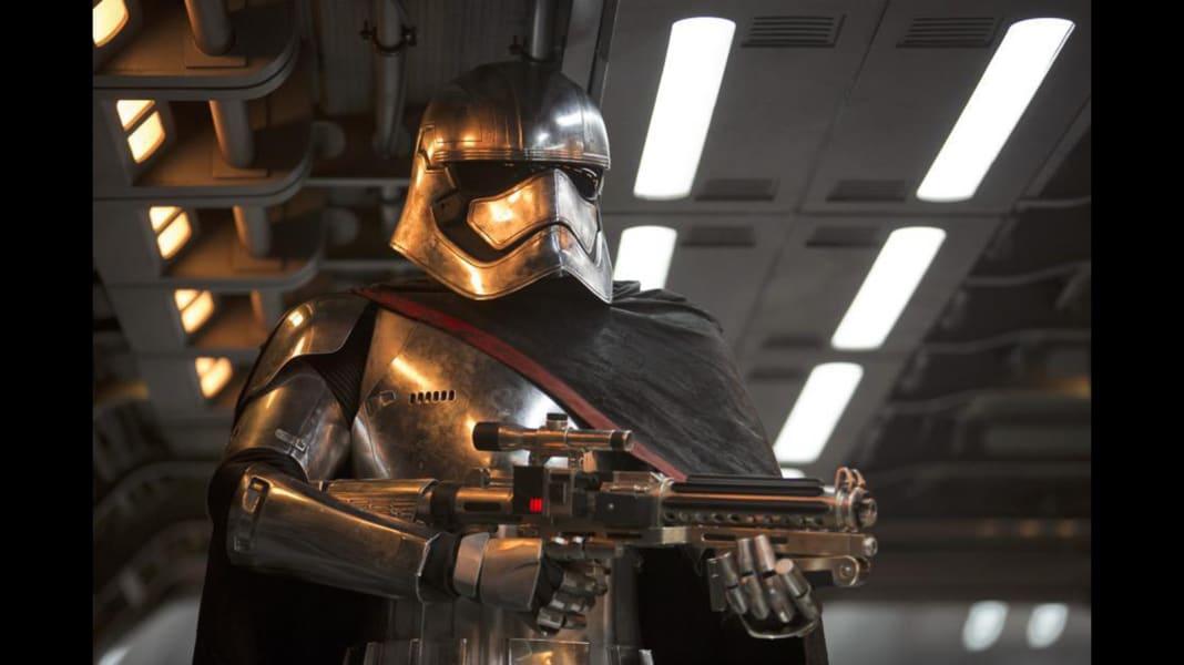 01 Star Wars Force awakens