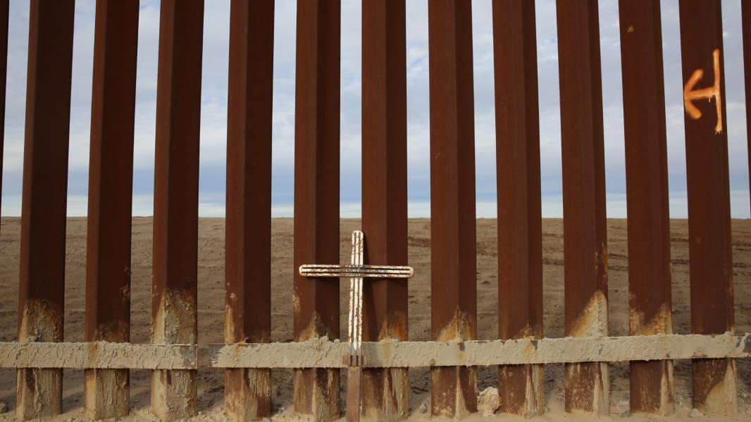 01 US Mexico Border Views