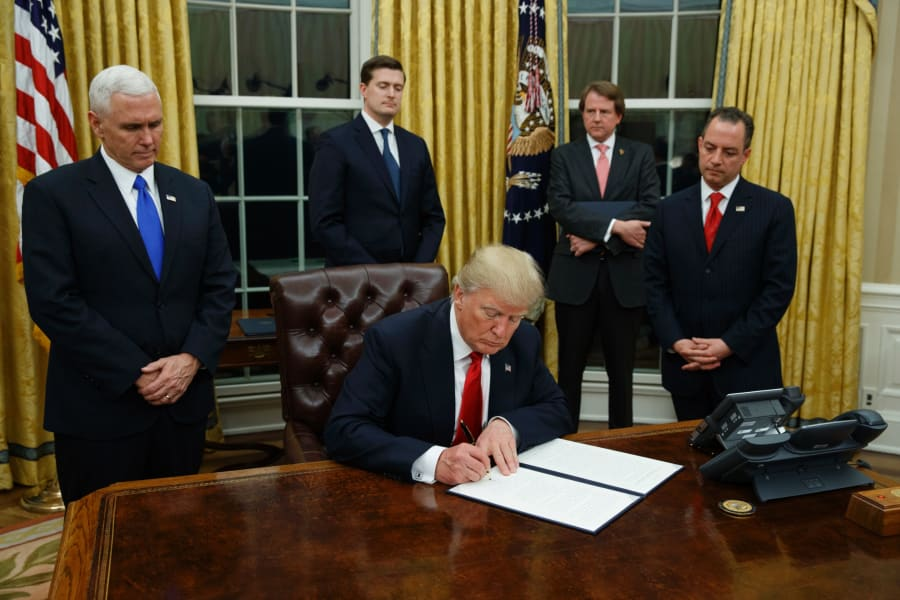 03 trump signs exec orders