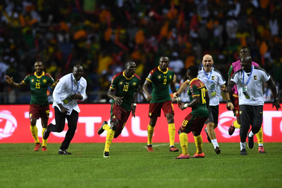 Cameroon's forward Vincent Aboubakar  celebrate afcon