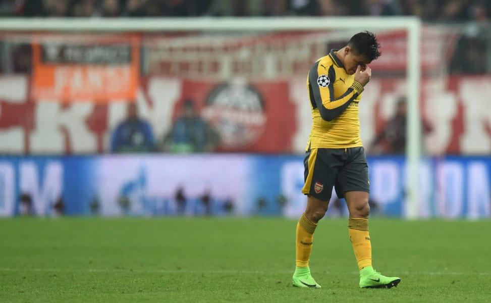 Alexis Sanchez despair
