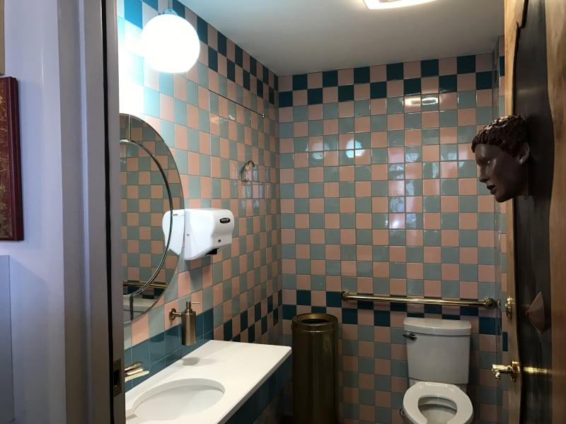rue bathroom