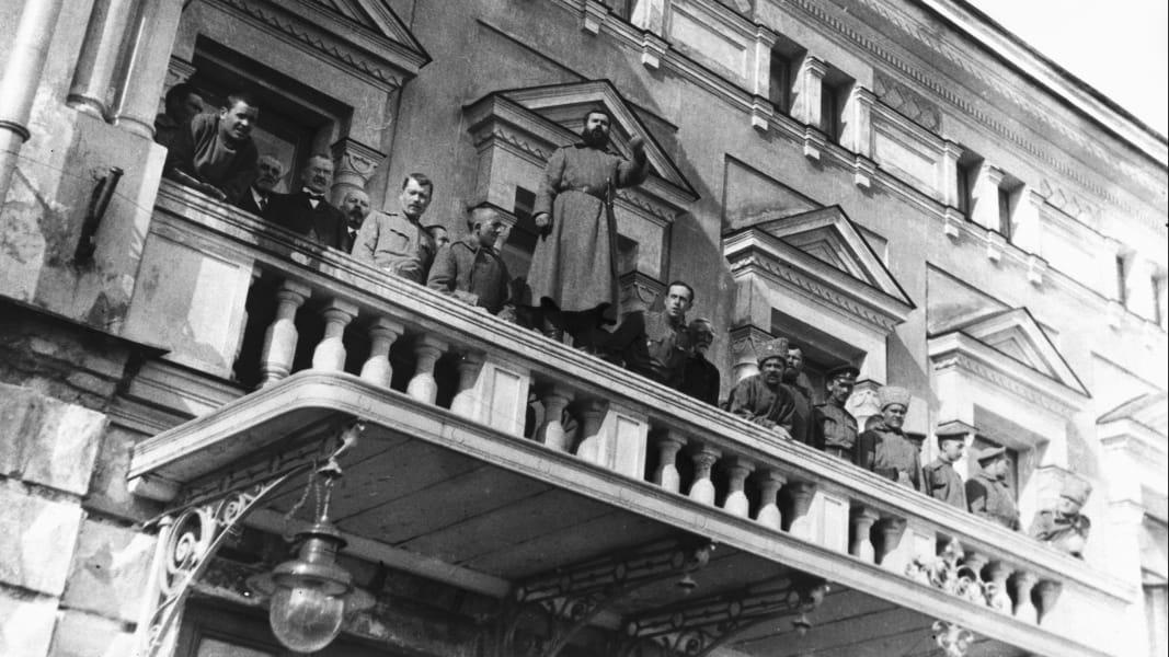 09 Russian revolution 100 years anniversary Putin RESTRICTED