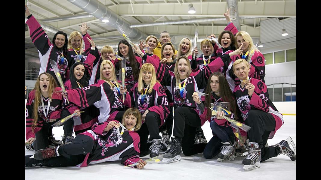 09_ukraine womens ice hockey_