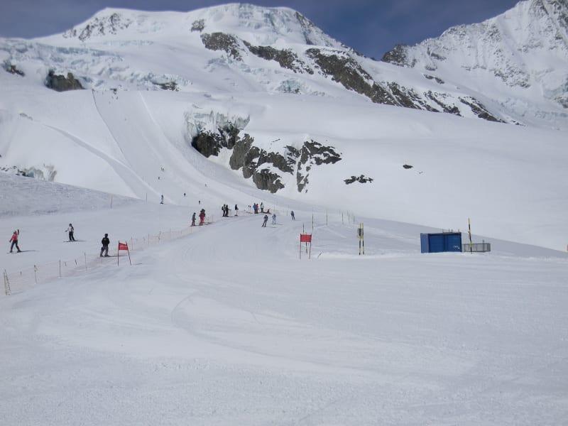 Saas Fee summer skiing 1