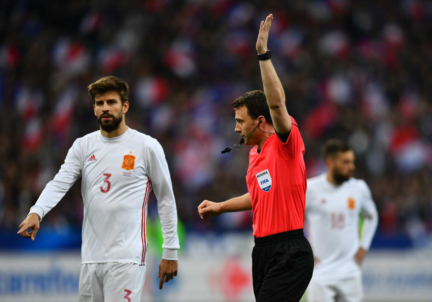 video assistant referee gal 6