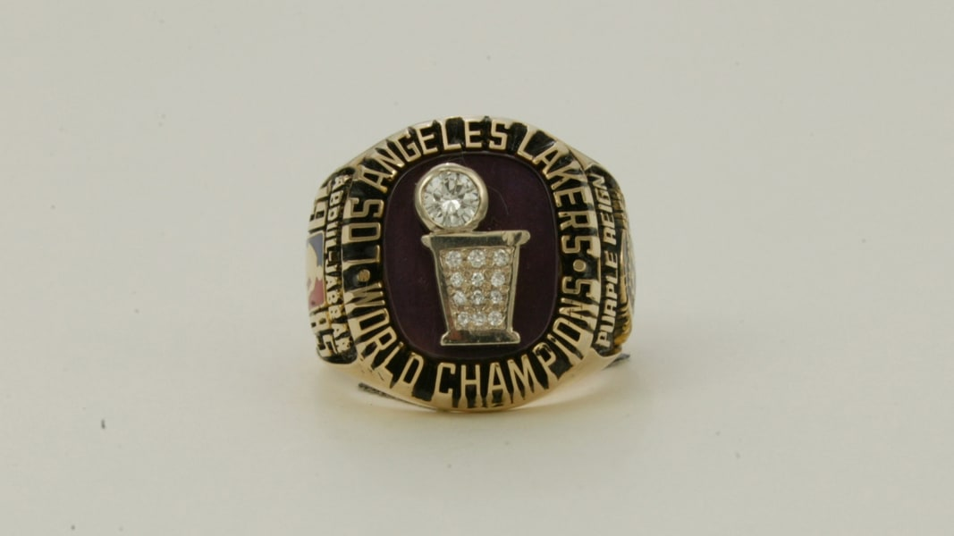 02 NBA Rings RESTRICTED