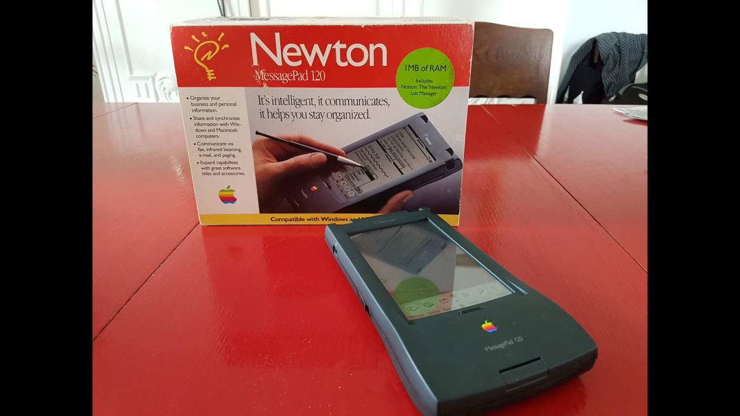 07_Failure Museum_7-Apple Newton