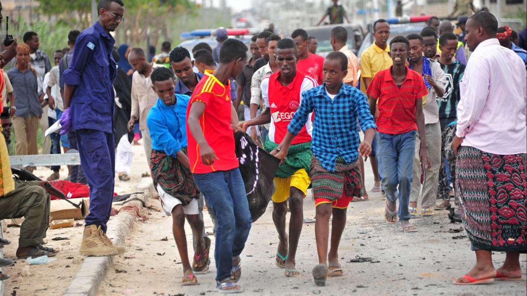 02 Mogadishu Somalia car bomb 0409