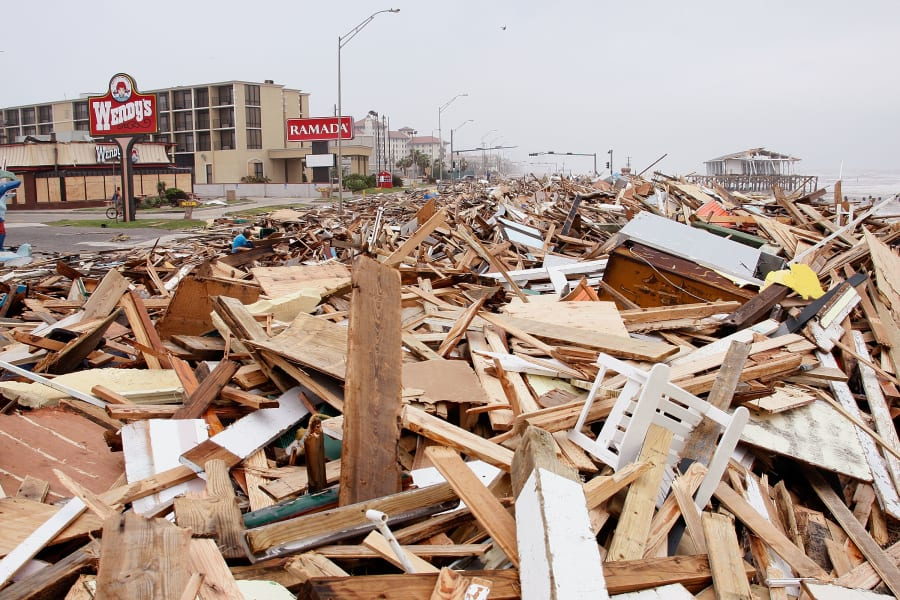 03 weather Hurricane Ike