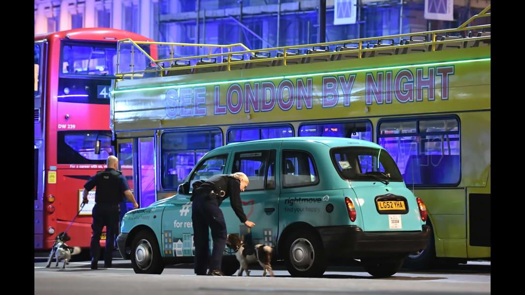 21 London Bridge incident 0603 RESTRICTED