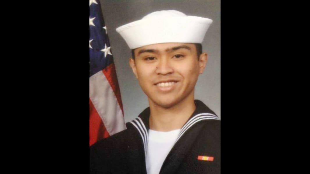 04 USS Fitzgerald soldier