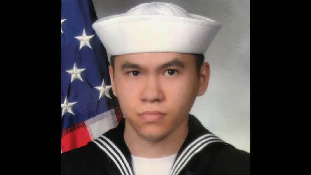 06 USS Fitzgerald soldier