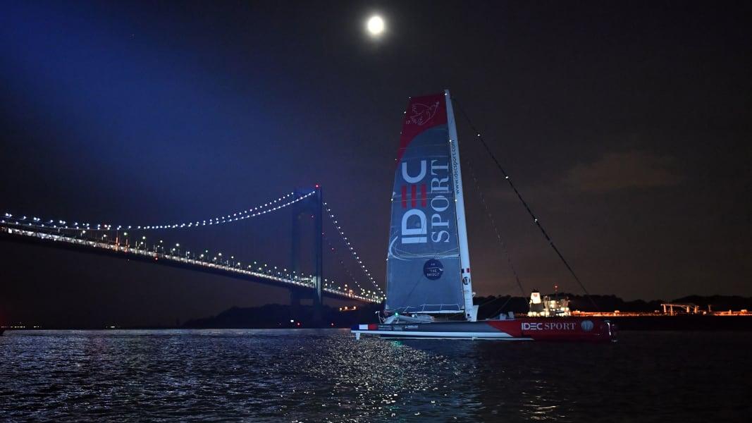 10 transatlantic race Queen Mary trimaran new york
