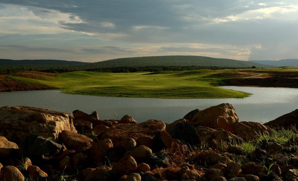 Legend Golf Course 10