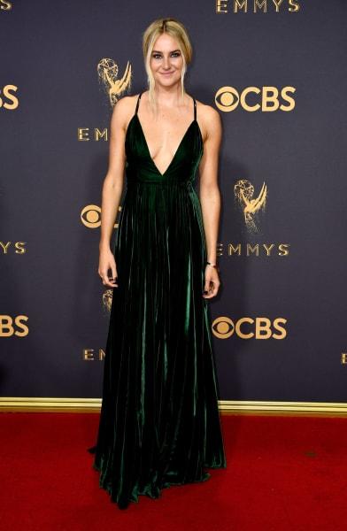 19 Emmys 2017 red carpet