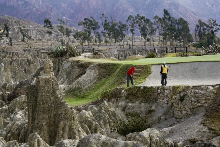 la paz golf club bolivia extreme