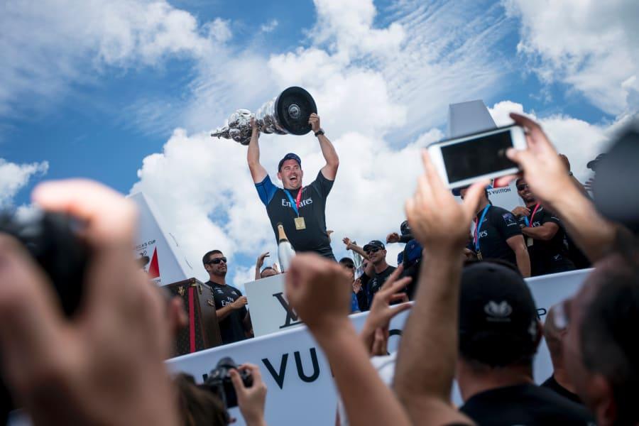sullivan lifting america's cup