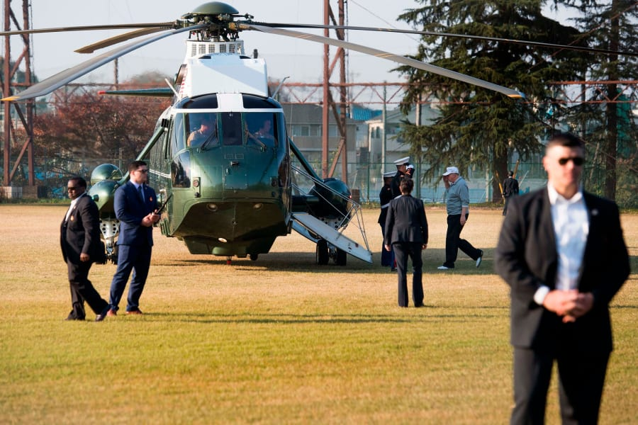 trump shinzo abe golf Kasumigaseki Country Club Golf Course marine one helicopter