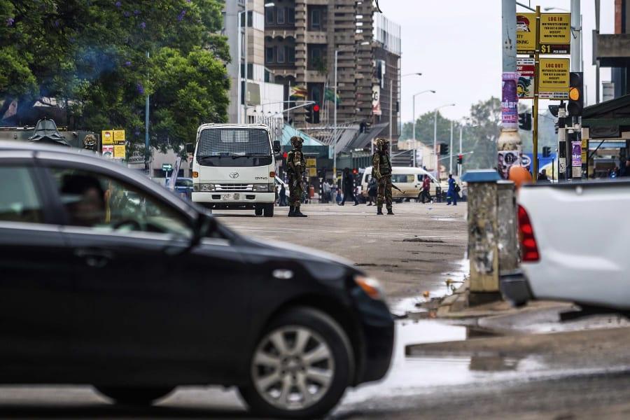 02 Zimbabwe unrest 1115