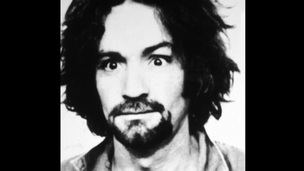 02 Charles Manson mug 1969