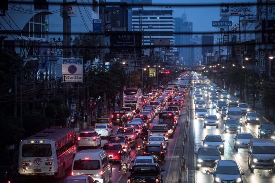 01 rush hour traffic bangkok