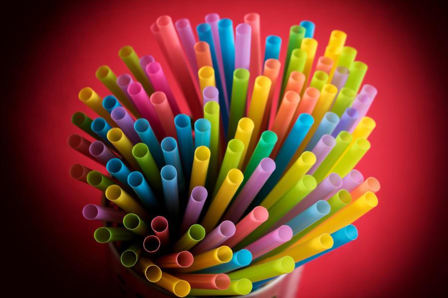 03 plastic straws STOCK