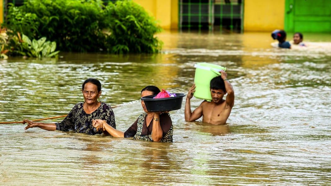 04 Philippines flooding 1223