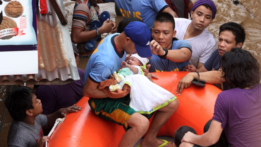 06 Philippines flooding 1223