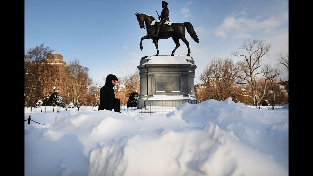 09 winter weather 0105 Boston