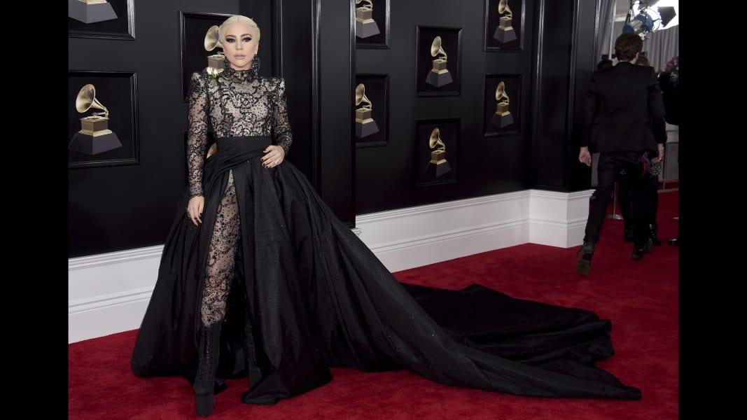 01 Grammys red carpet 2018