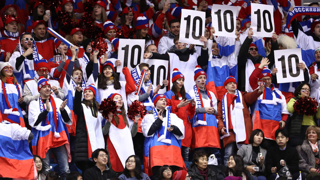 09 winter olympics 0211 figure skating fans Russia