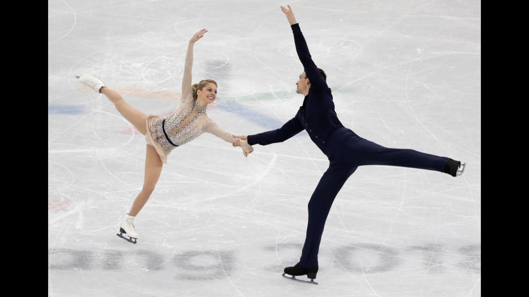15 winter olympics 0214 pair skating USA