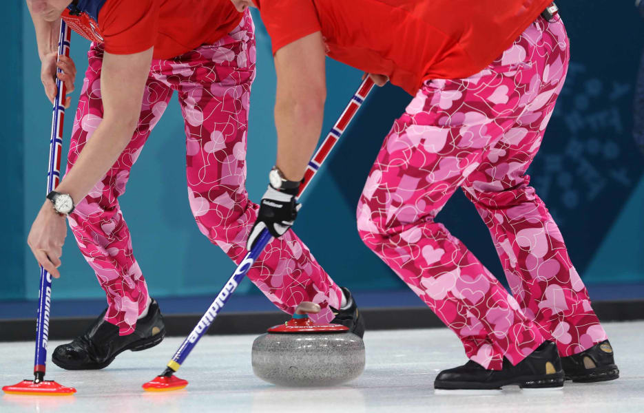 47 winter olympics 0214 curling RESTRICTED