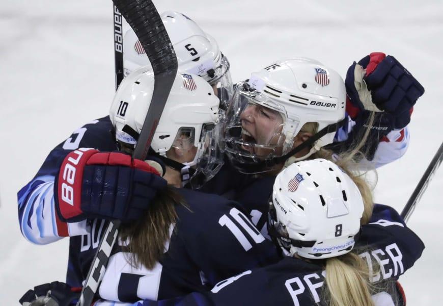 20 winter olympics 0219 hockey