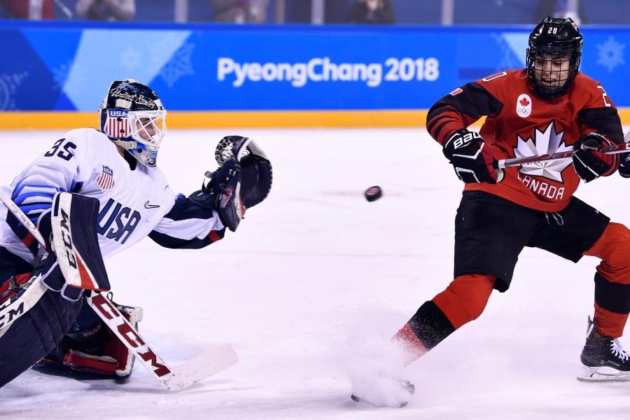 01 canada US hockey rivalry