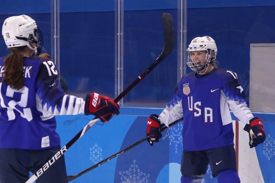 06 canada US hockey rivalry