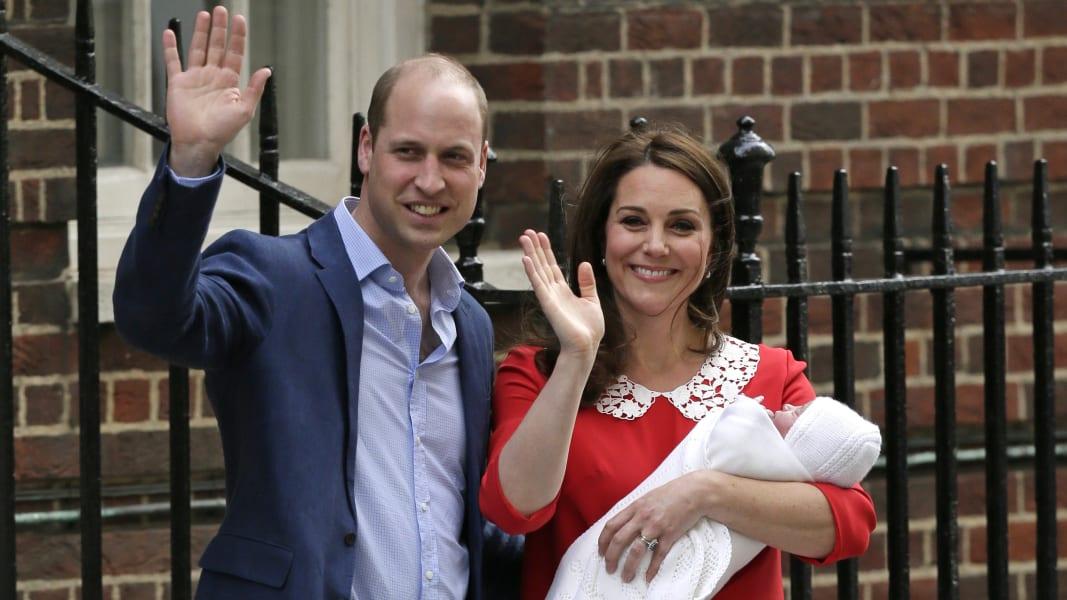 01 royal family baby 0423