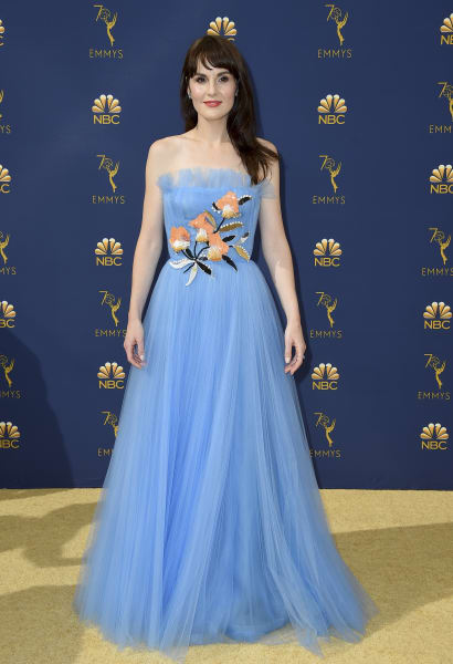 01 Michelle Dockery Emmy 0917